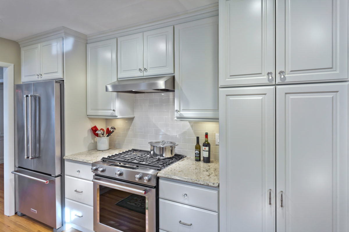 Traditional Kitchen with Linen White Cabinets - Crystal Cabinets