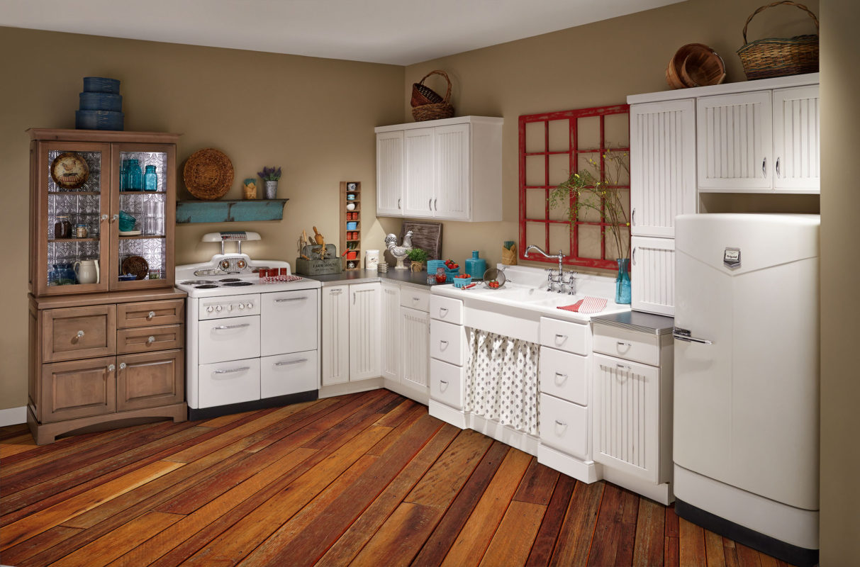 Vintage Farmhouse Kitchen - Crystal Cabinets
