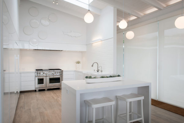 All White Gloss Kitchen Cabinets