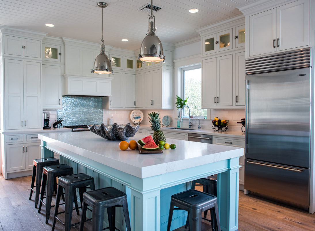 Coastal Style White Kitchen With Blue Island Crystal Cabinets