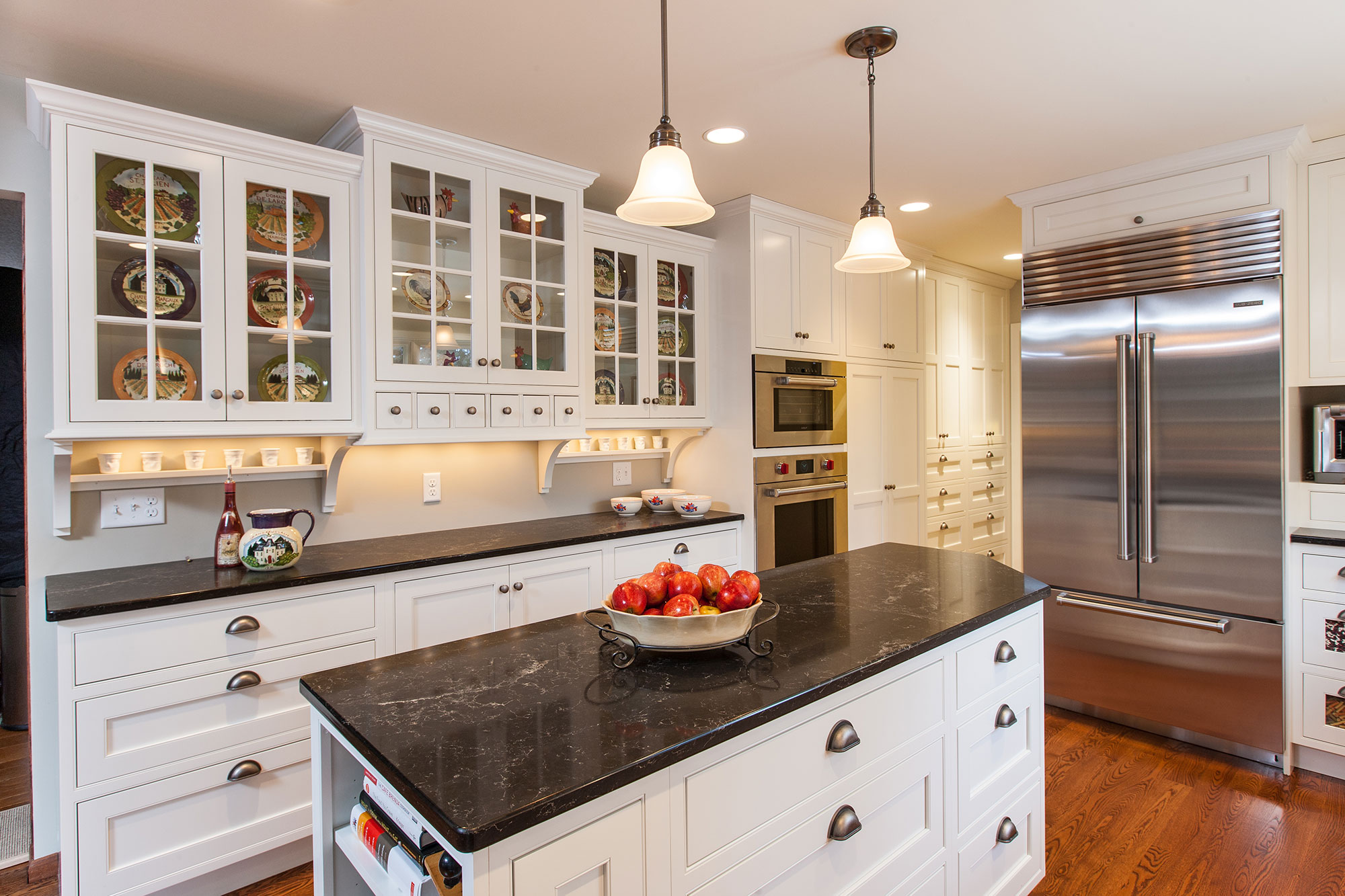 Farmhouse White Inset Kitchen Crystal Cabinets
