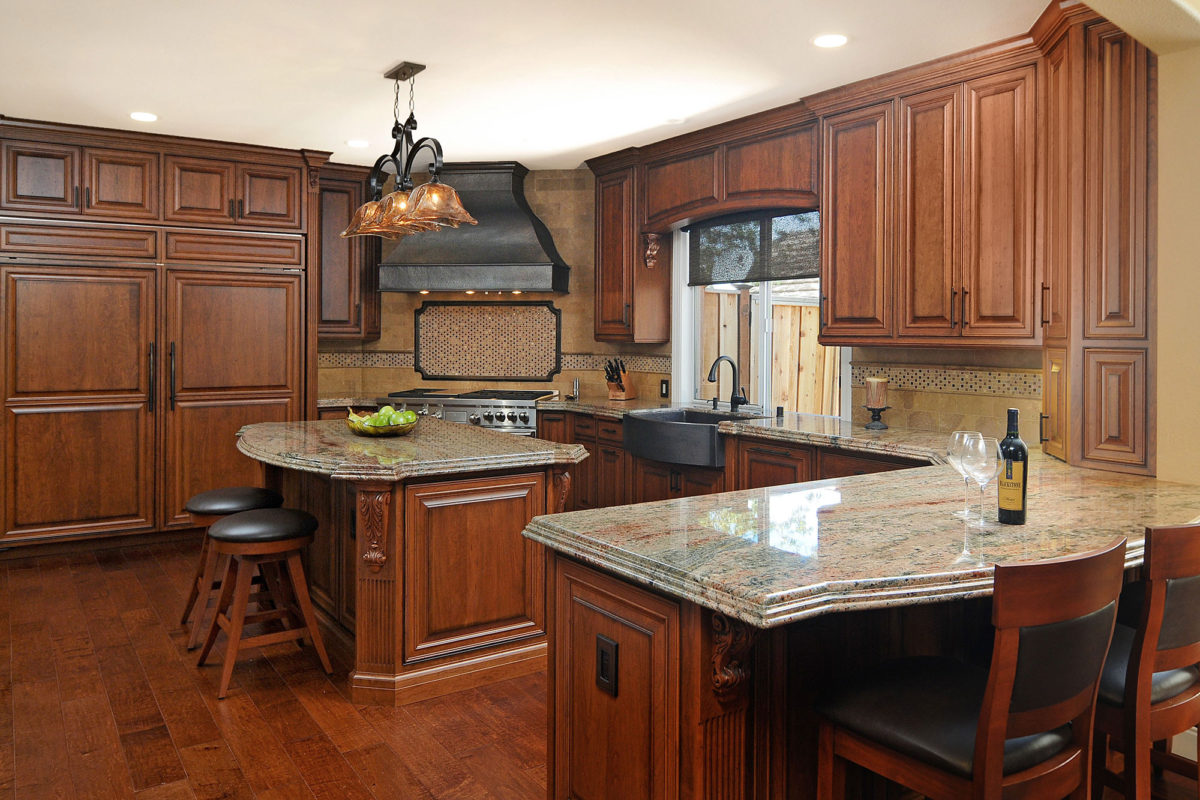 Traditional Cherry Kitchen with Rich Stain