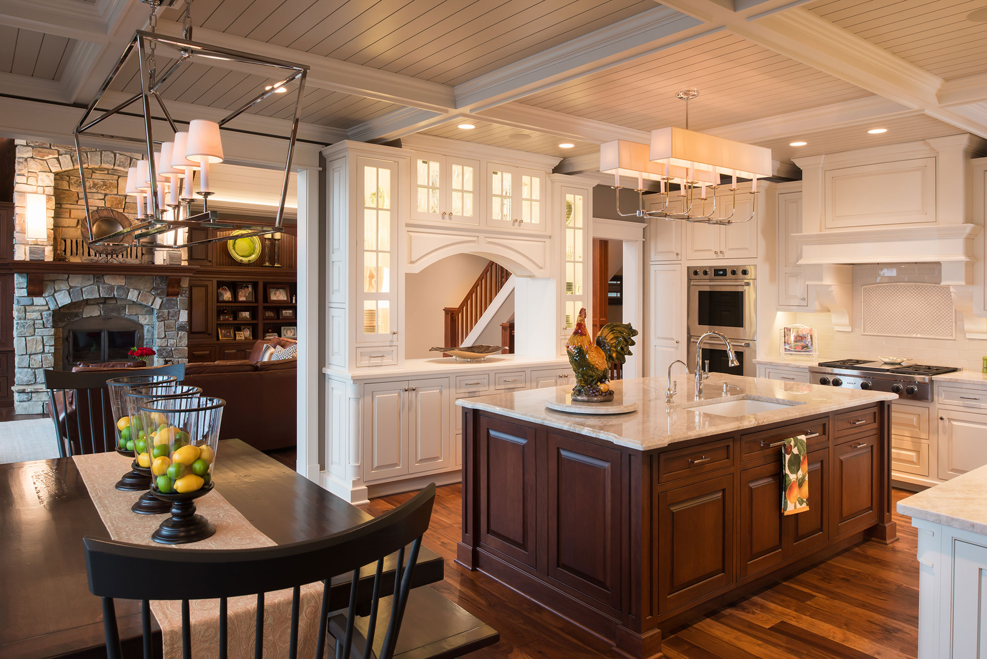 Traditional White Kitchen With Dark Cherry Island Crystal