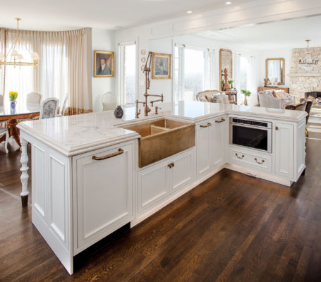 White Inset Kitchen with Gold Brass Accents