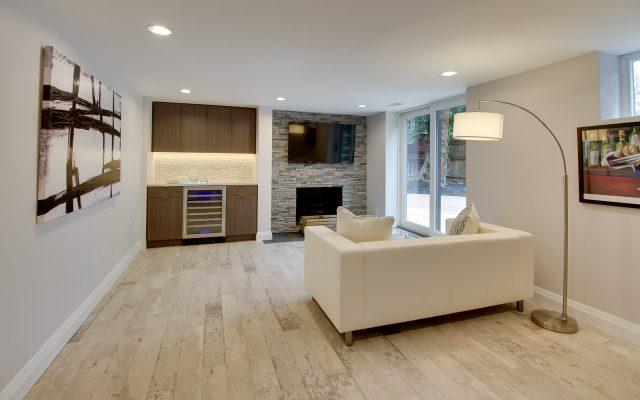 CrystalCabinets_Other_Livingroom_Spokane_TakaseTeak_1