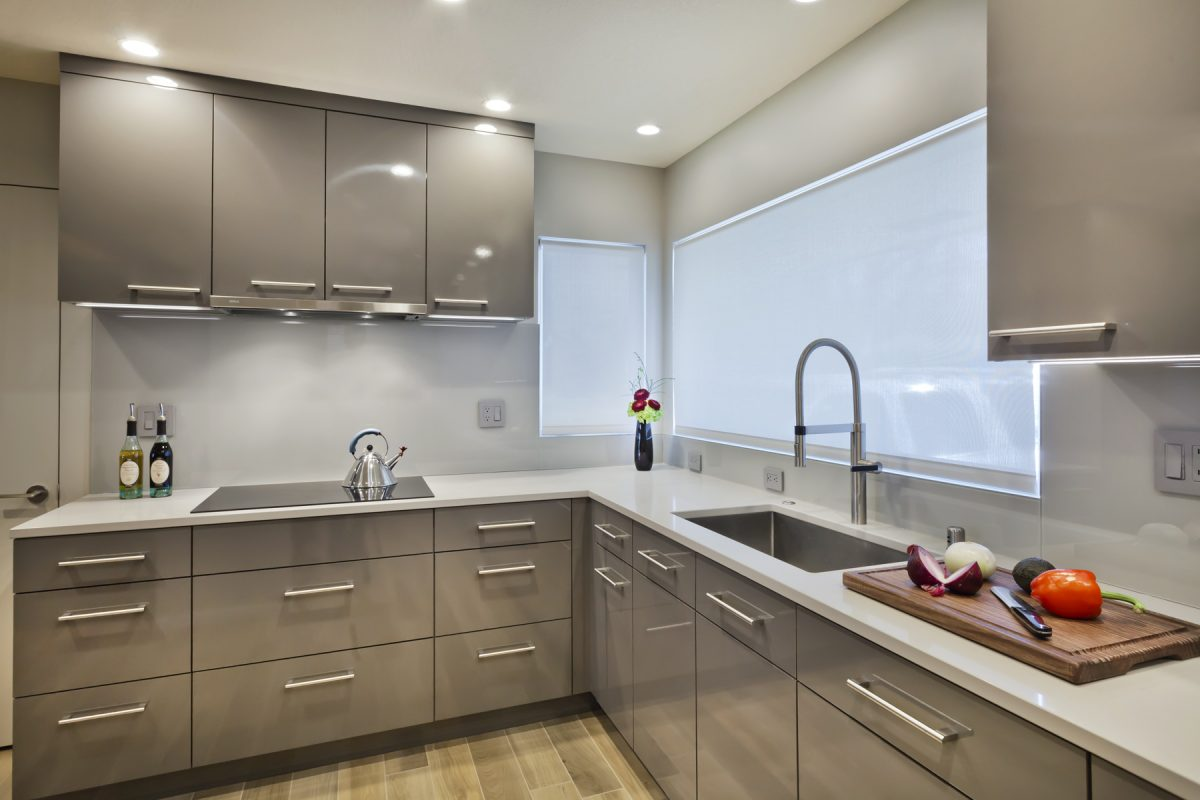 Gloss Grey Contemporary Kitchen Crystal Cabinets