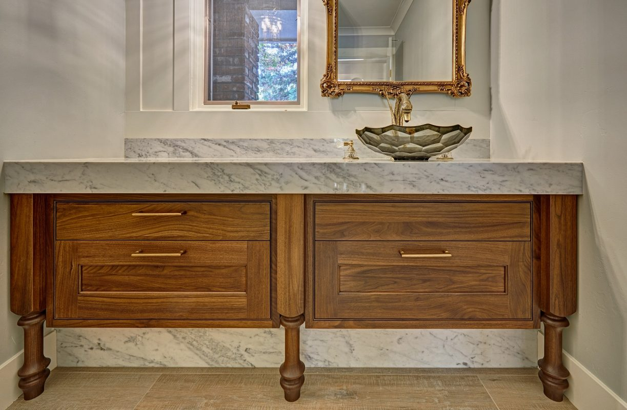 CrystalCabinets_Bathroom_Lansboro_Wheaton_3
