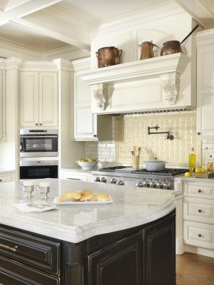 CrystalCabinets_Kitchen_CountryFrenchSQ_Bisque_Black_1