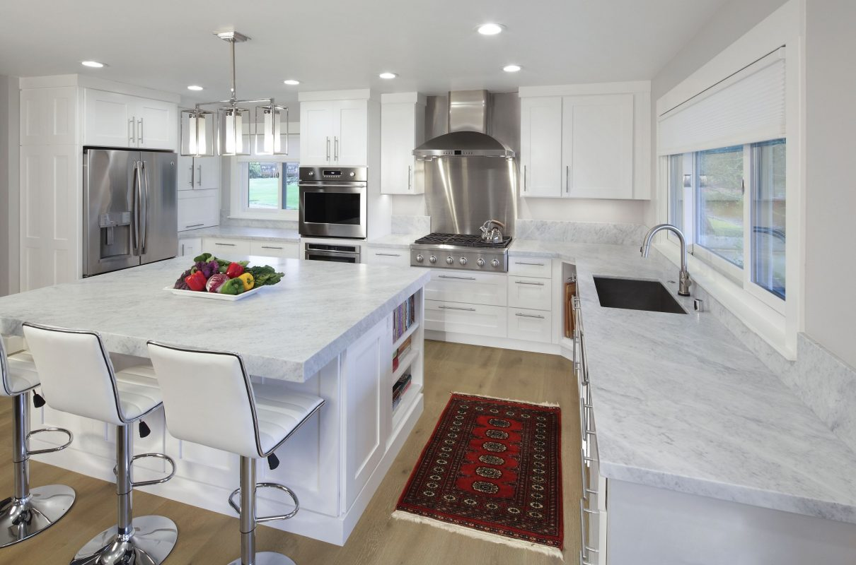 CrystalCabinets_Kitchen_Gentry_DesignerWhite_2