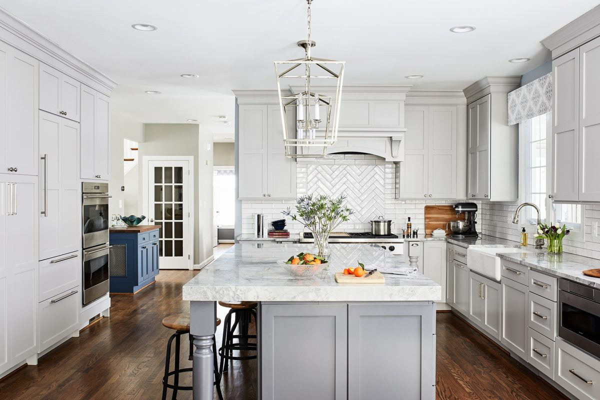 CrystalCabinets_Kitchen_Regent_Overcast_Gravel_1