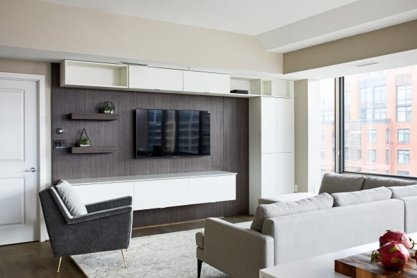 CrystalCabinets_Other_Livingroom_Spokane_PearleWhite_1