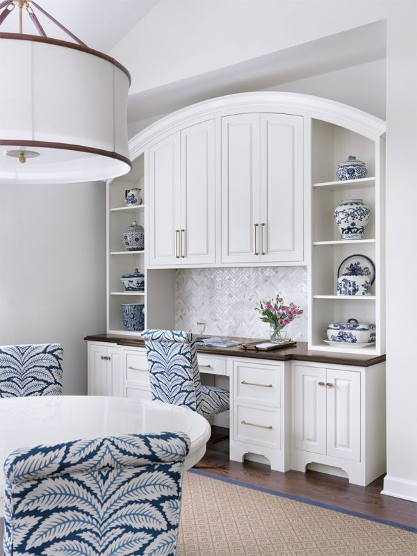 Luxury Traditional White Kitchen - Crystal Cabinets